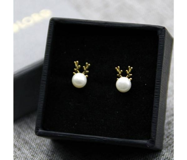 uv pearl earrings box